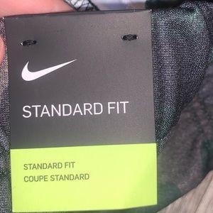 Nike Pants & Jumpsuits - Nike green Camo jogger sweatpants